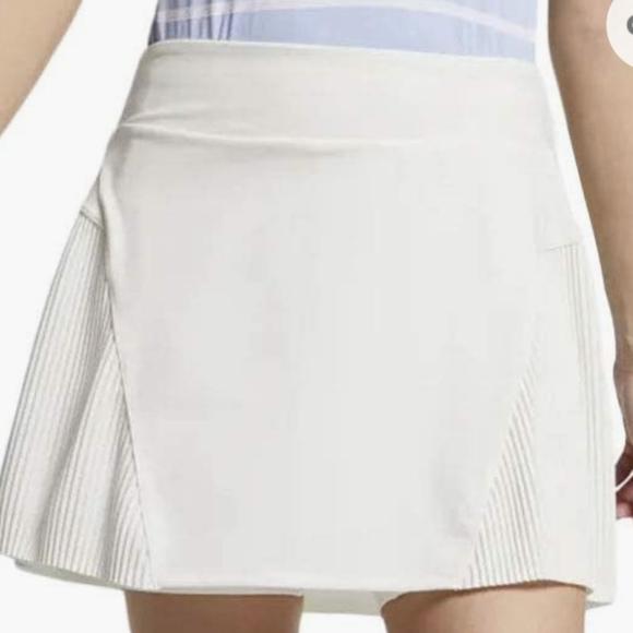 SOLDNike Women's DRI-FIT Golf Tennis Skirt Skort L